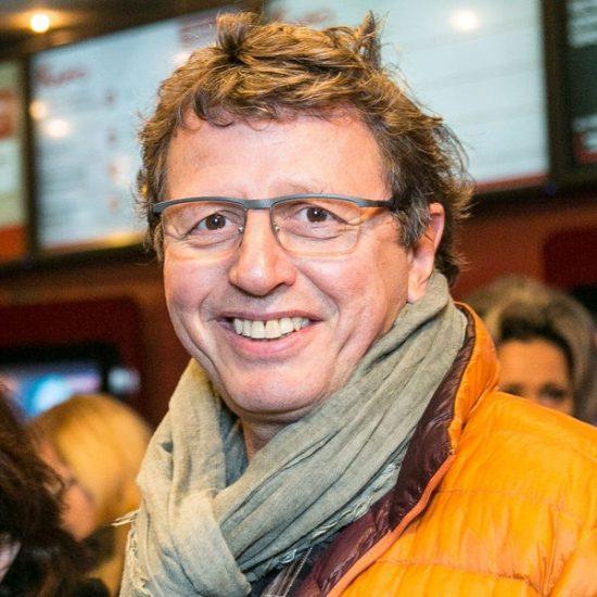 Михаил Ширвиндт снимает программу «Съедобное-Несъедобное» в Великом Новгороде