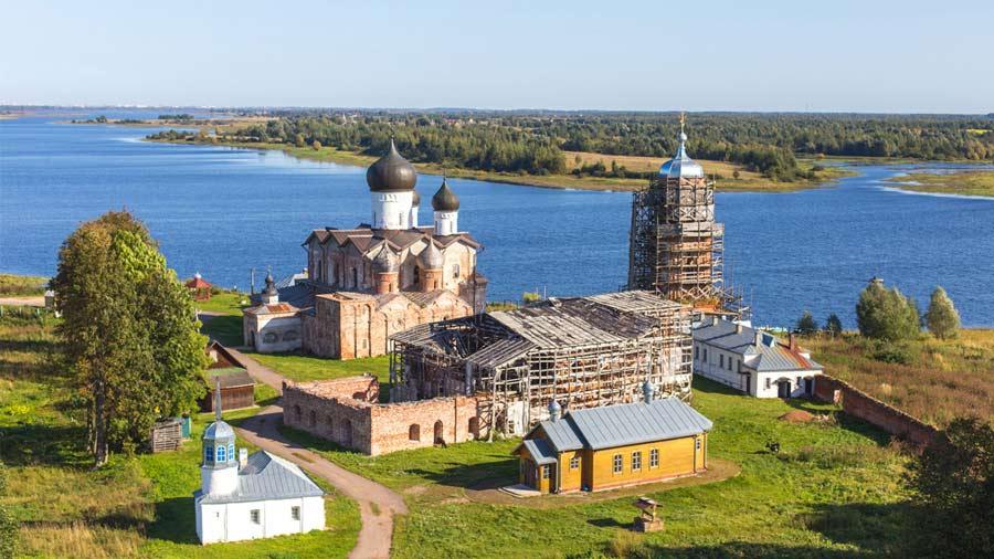 Свято-Троицкий Михайло-Клопский мужской монастырь