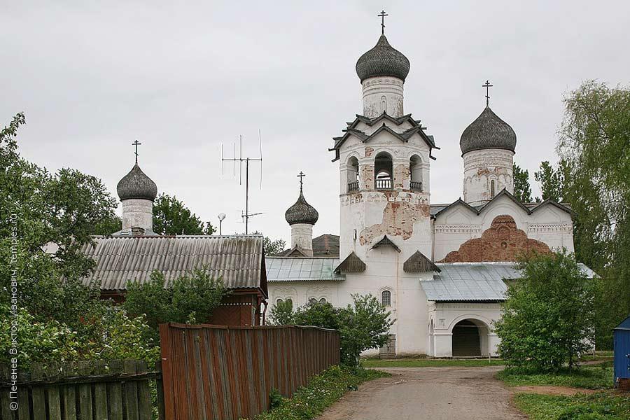 Спасо-Преображенский Старорусский мужской монастырь